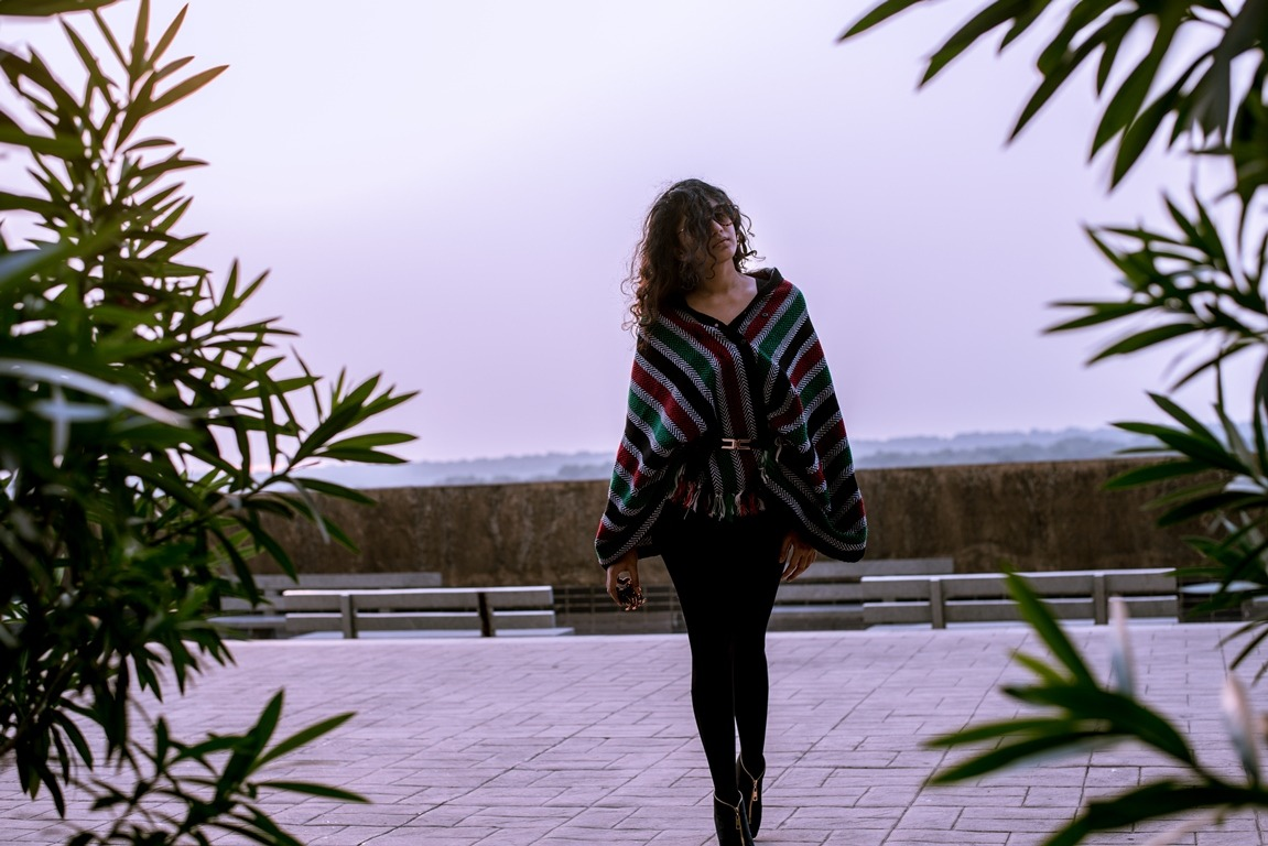 poncho-with-belt-reuse-old-clothes-winter-look