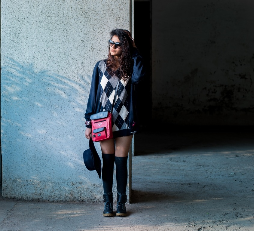 winter-diy-old-sweater-lampshading-look-resized-9