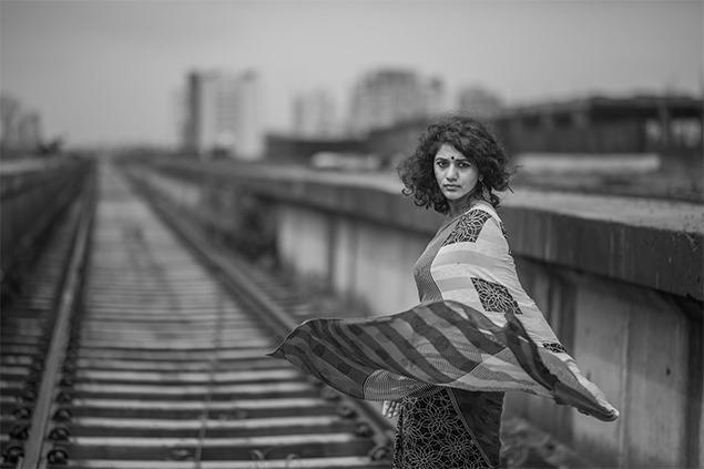 train tracks rain saree 2
