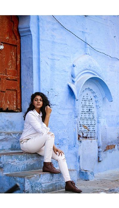 fashion me now, lanes of navchokiya, jodhpur fashion, tourist attractions in jodhpur, old town fashion in Rajasthan, Jodhpur handicrafts, things to do in Jodhpur, Bishnoi village handicraft tour, bishnoi village tour, bishnoi village craft, salman khan black buck, fashion blogger in me