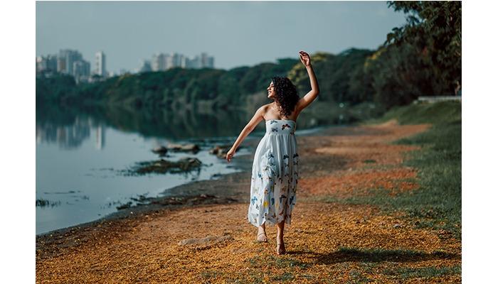lake dance photoshoot